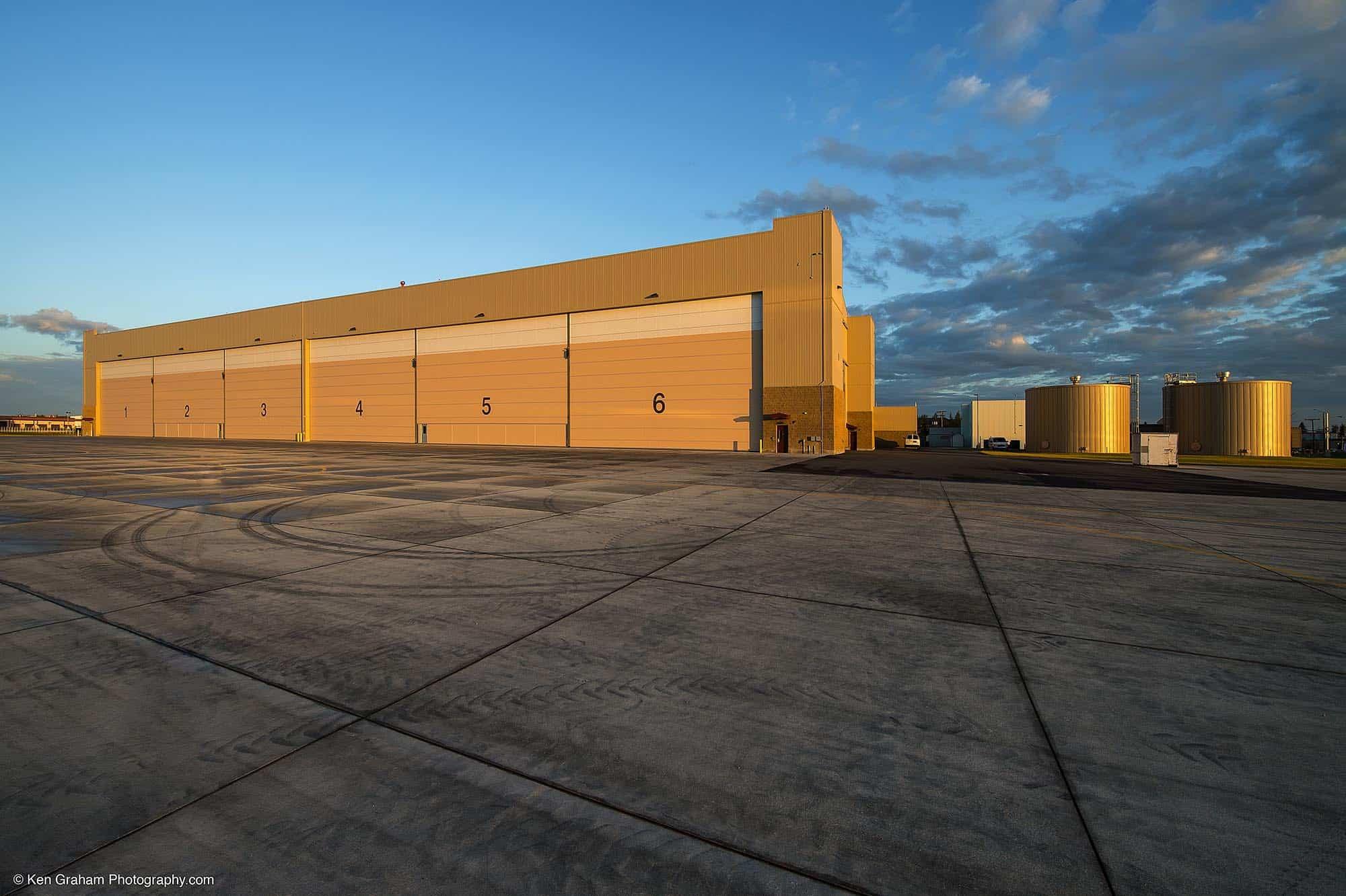 2393-FTW348A-AAC_hangar-5